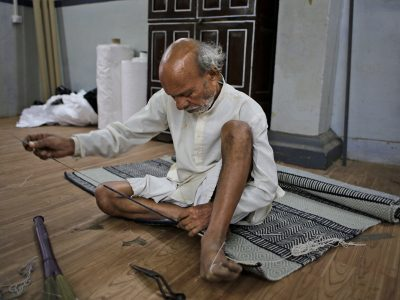 sewing of carpet sheet